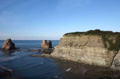 Rochers les deux jumeaux et falaises au domaine d'Abbadia