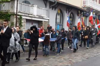 Lissardy-estudiantes-durante-desfile-05/08/2019