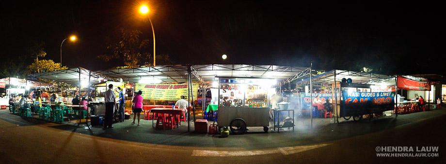 Street Food Vendors – iPhone 4s Panorama