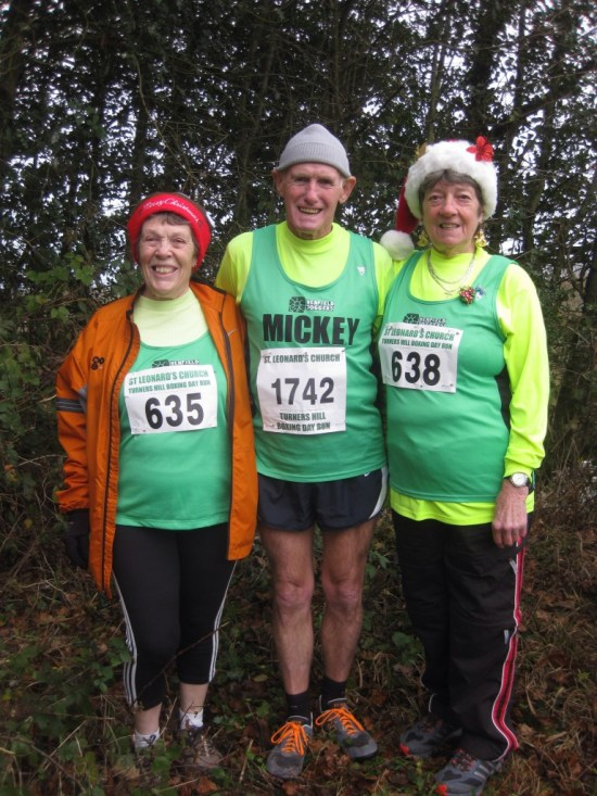 Jenny Cobby, Mck & Cynthia Dee at Turners Hill Boxing Day Run