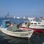 De kust tussen Kastel en Zambratija lopend verkend