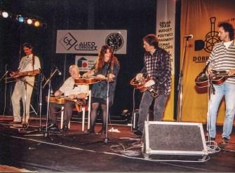 Dobrofest 1996, Trnava, SK L-R: HN, Tut Taylor, Sally Van Meter, Jerry Douglas, Lubos Novotny
