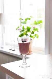 Smoothie, Hallonsmoothie, hallon, blåbär, avokado, nyttiga frukostar, frukost, mellanmål, glutenfritt, glutenfri frukost