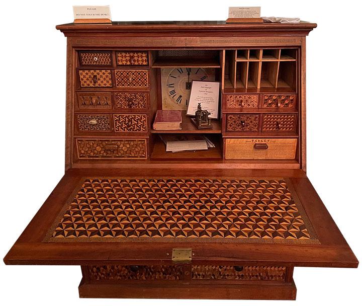 Thaddeus Coffin's Amazing Desk