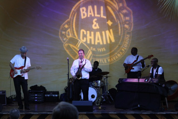 lemoncityrhythmsection_ballandchain_260