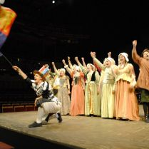 Henry's In a Mess - Henry VIII The Musical