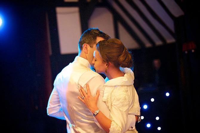 Bride & Groom - Wedding First Dance