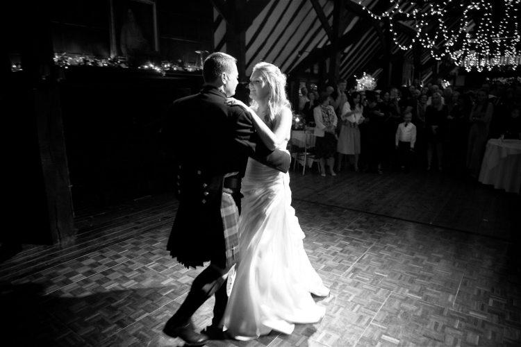 wedding-dance-photography-025