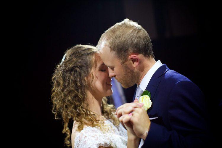wedding-dance-photography-040