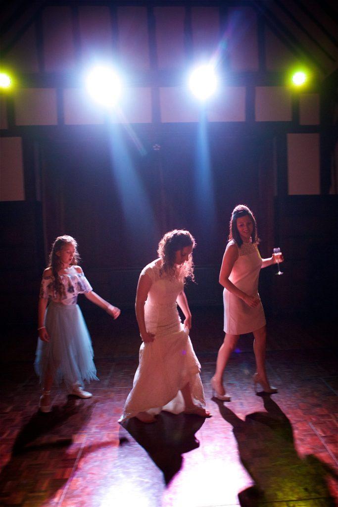 wedding-dance-photography-045