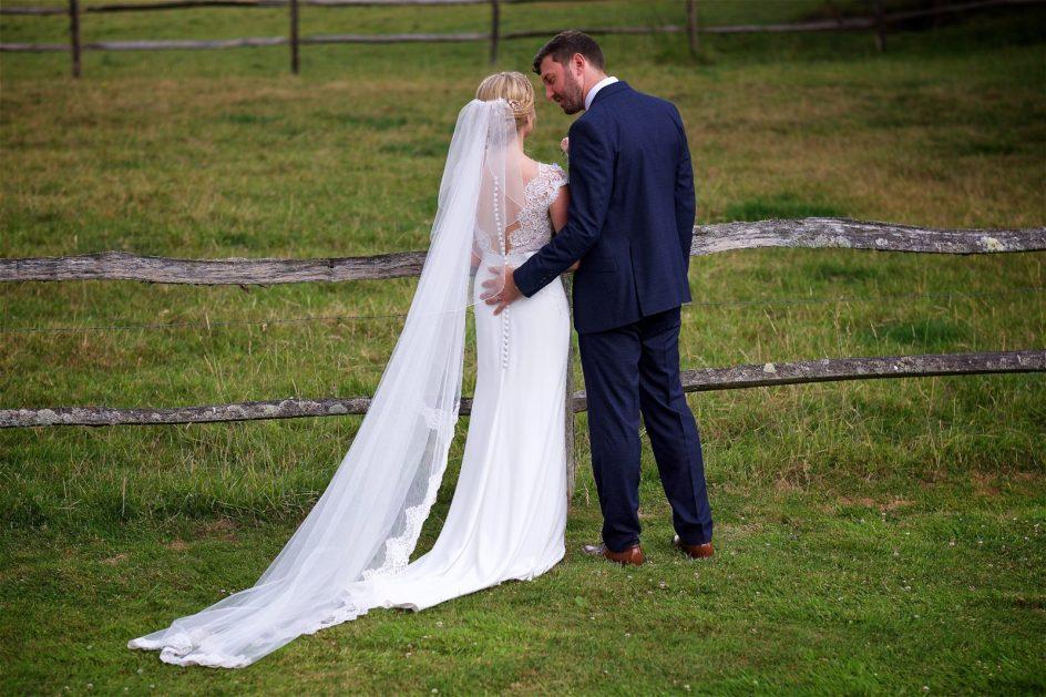 gate-street-barn-july-wedding-photography-nandd-408