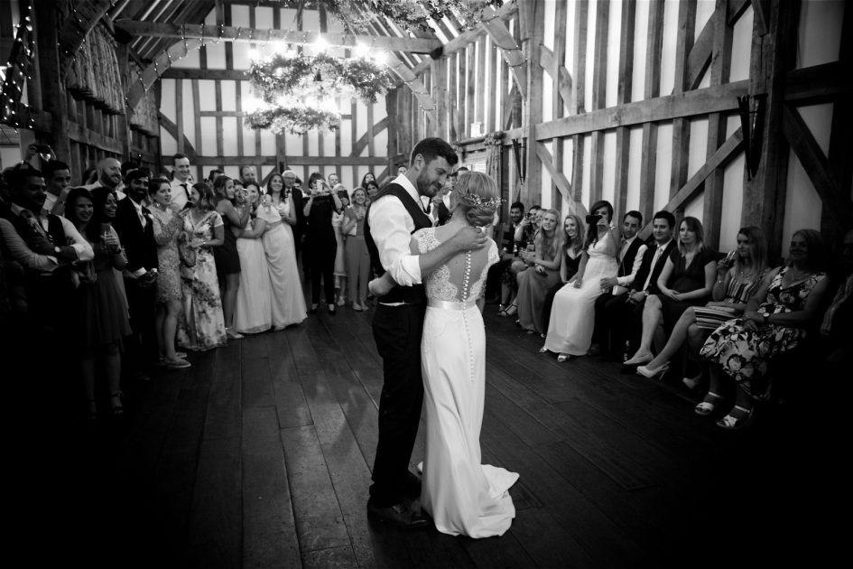 gate-street-barn-july-wedding-photography-nandd-643