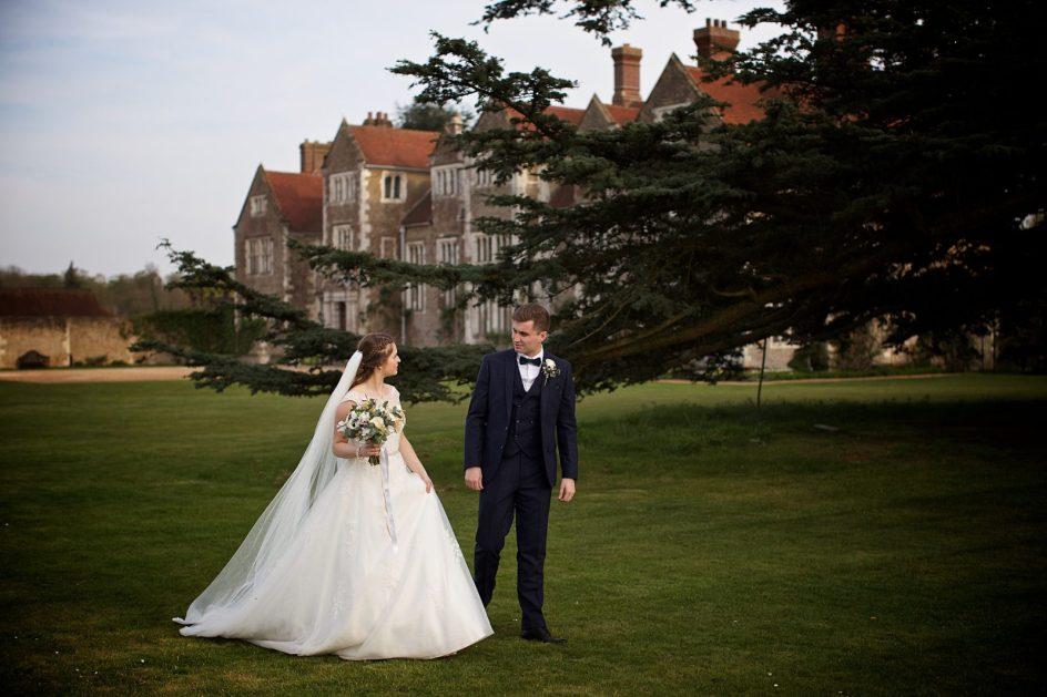 loseley-park-wedding-photography-randj-569