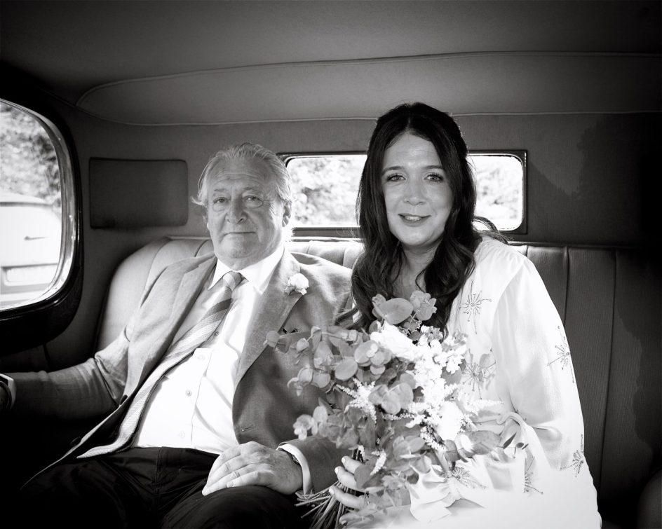 wivelsfield-wedding-photography-landb-068