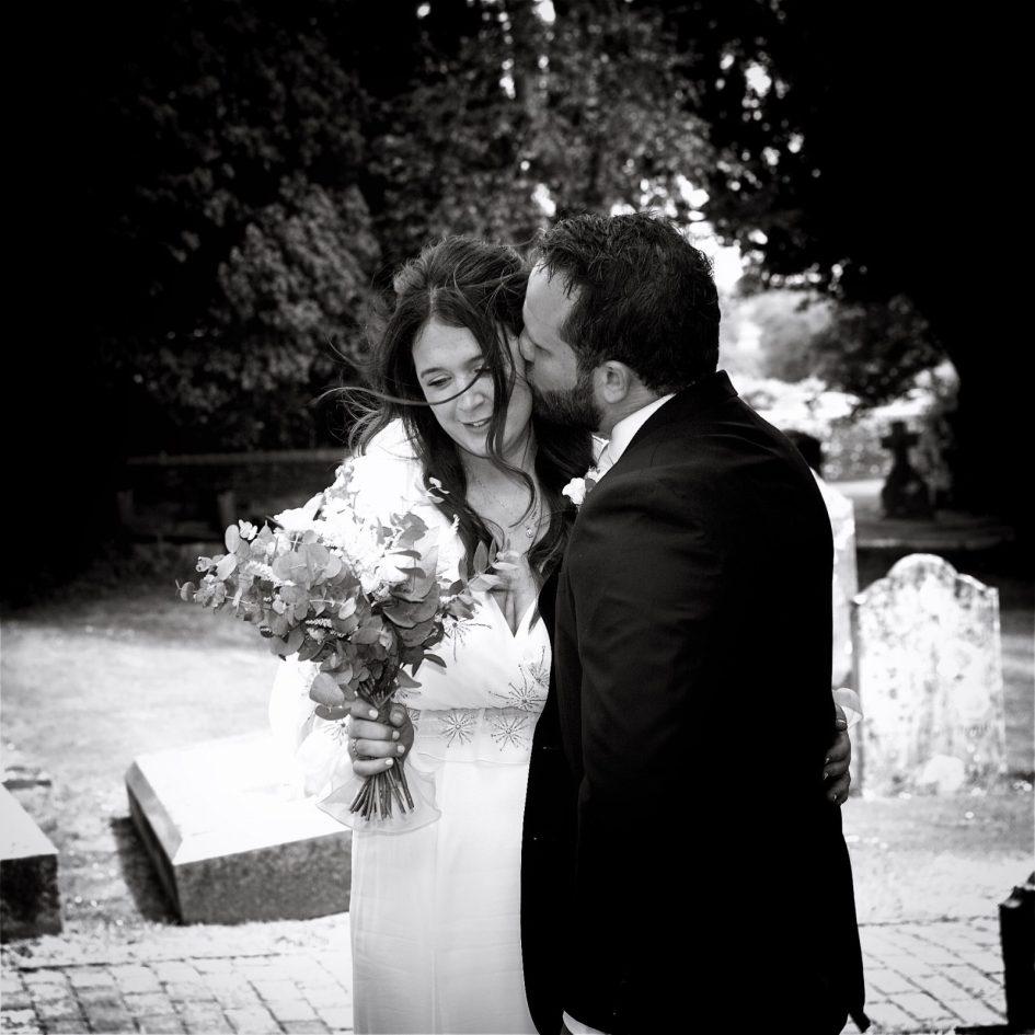 wivelsfield-wedding-photography-landb-162