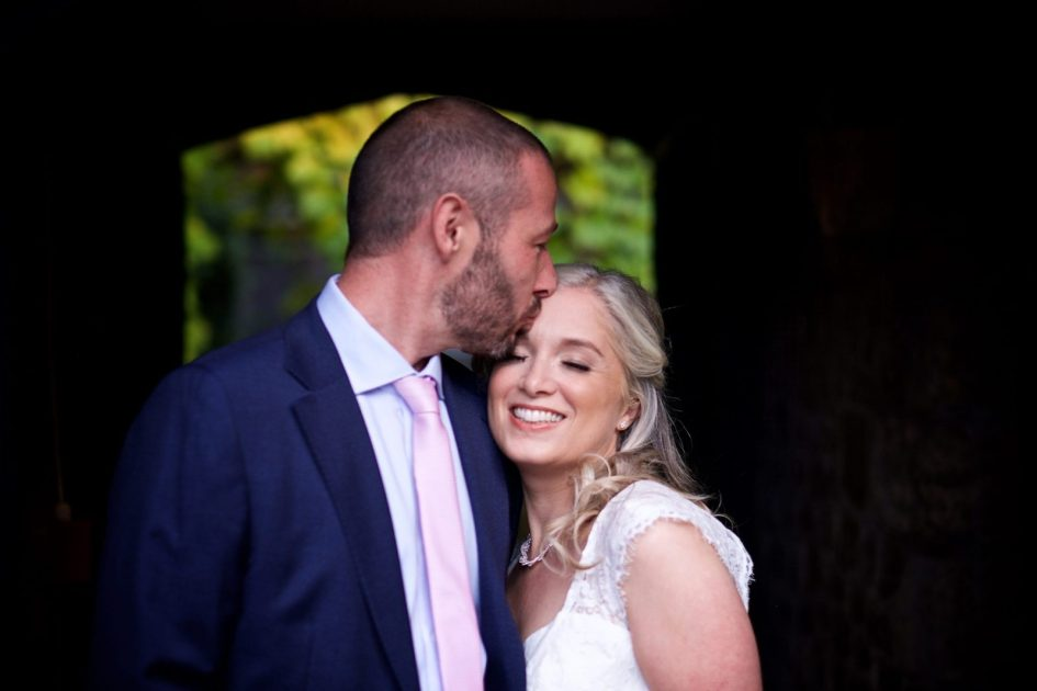 amberley-castle-small-wedding-photography- 144