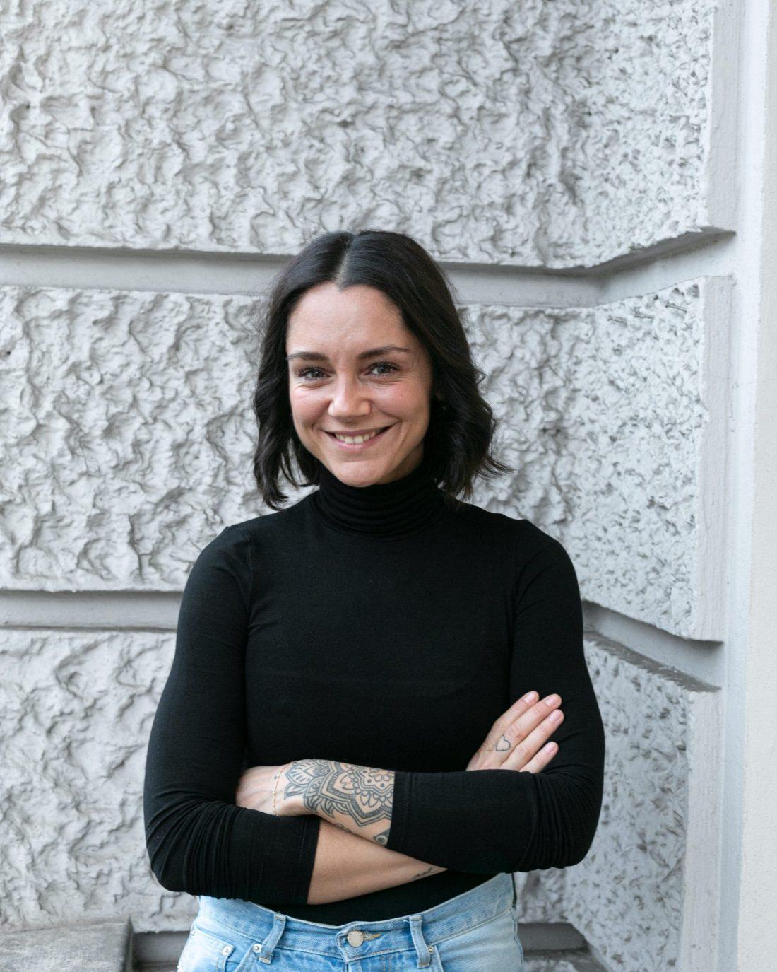 Samia Azzedine - Senior Texterin