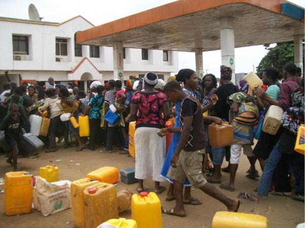 Fuel-scarcity-thelazynigerian