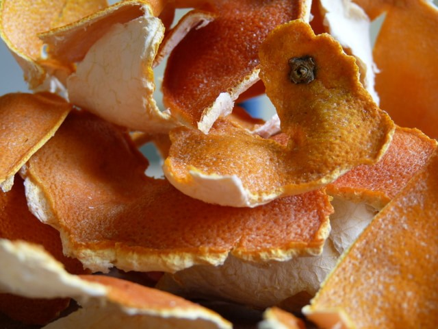 dried-orange-peel-min