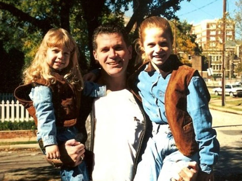 John Battaglia with his two children before he murdered them both in cold blood to get even with his ex