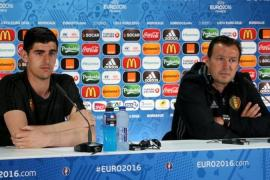 Marc Wilmots and Thibaut Courtois