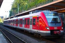 indian baby snatcher dives under train