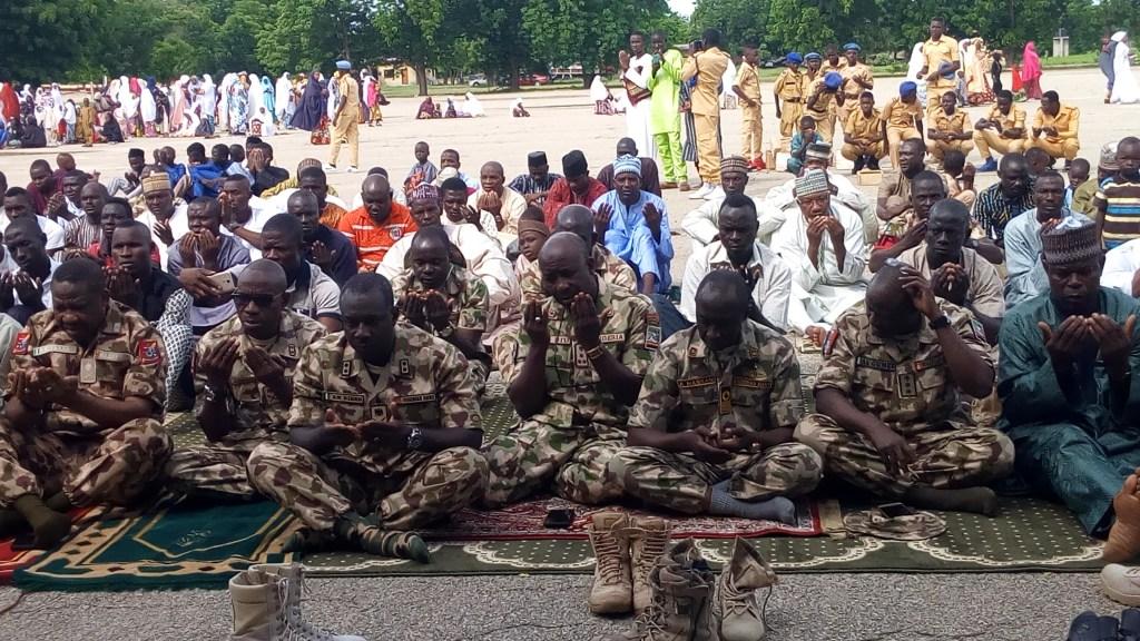 Buratai and troops