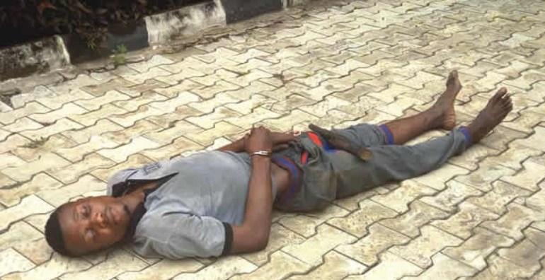 Sleeping Kidnapper after tramadol intake