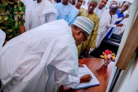 Buhari at Shagari's home