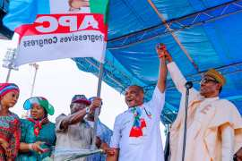 Buhari in Warri, Delta State at APC Campaign