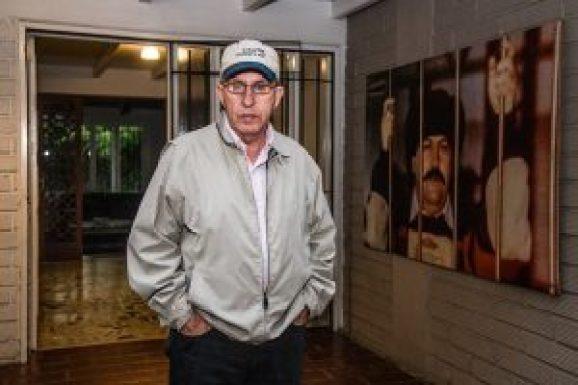 Roberto Escobar Tries Raising Money to Impeach Trump