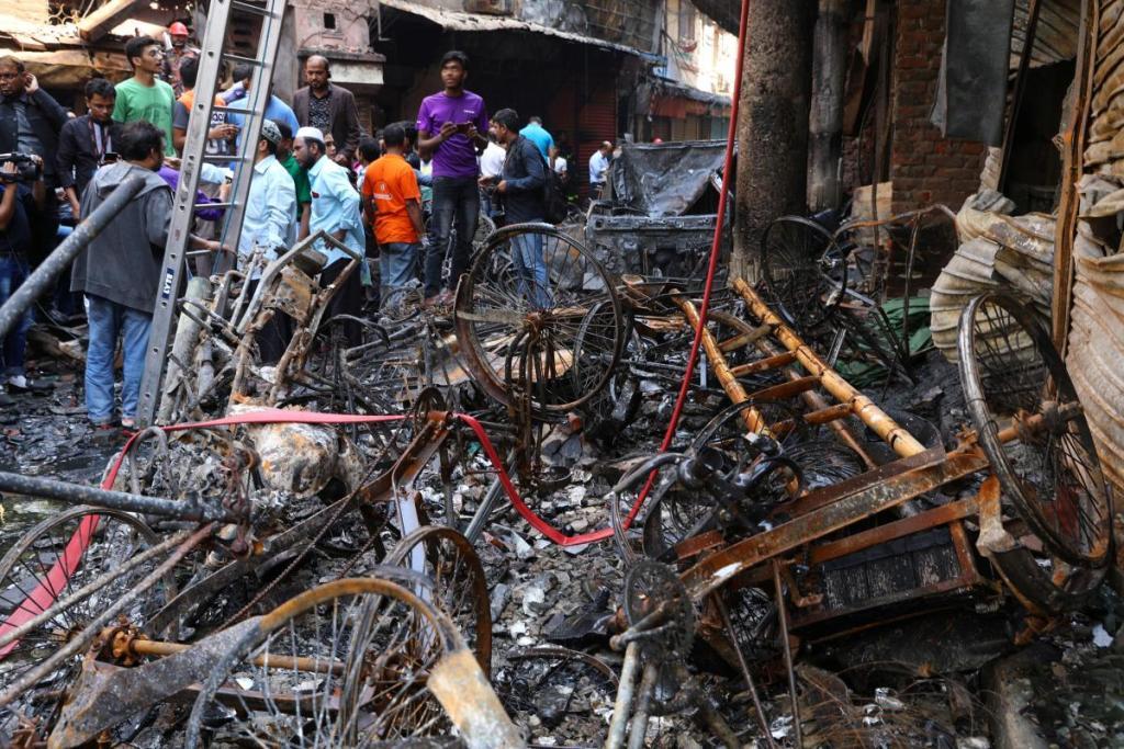 Debris are seen outside the burnt warehouse at Chawkbazar in Dhaka, Bangladesh, February 21, 2019. REUTERS/Mohammad Ponir Hossain