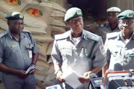 Abubakar-Bashir-addressing-newsmen