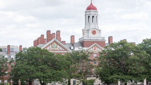 US immigration bounces new Harvard student over posts on Facebook