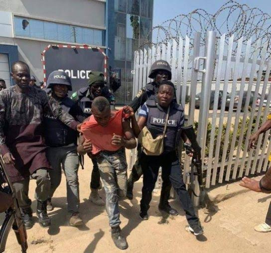 Abuja Bank Robbery: Robbers Expose Employees As Informants
