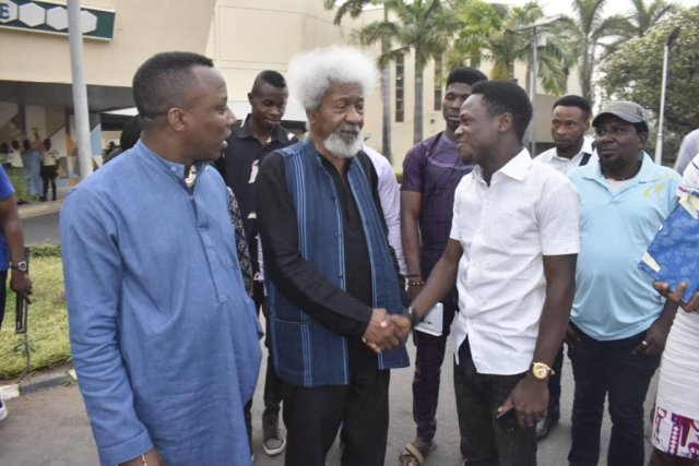 BREAKING: Soyinka, Shehu Sani in Court to support Sowore
