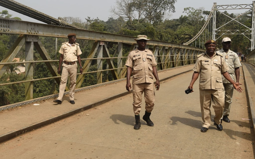 14 Togolese, 10 Nigerians arrested at Ogun border by Immigration Officers