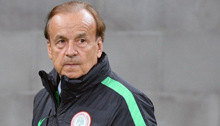 Rohr calls up players