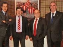 Con Jorge Valdano, Fermín Palomar, y José Ángel Iribar