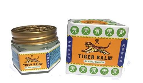 Baume du tigre blanc – 虎 標 萬 金 油