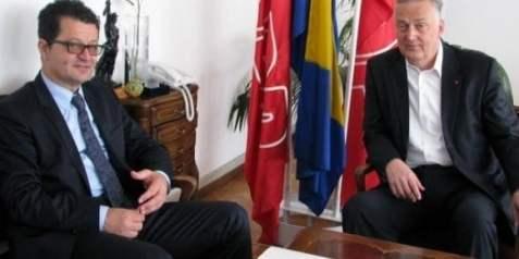 https://i1.wp.com/www.hercegovina.info/img/repository/2014/10/web_image/zz_61030950.jpg?resize=477%2C238