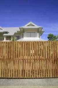 Spring Fence Maintenance