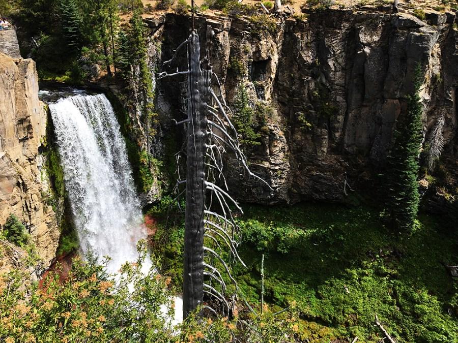 Hiking the Tumalo Falls Loop Trail, Oregon
