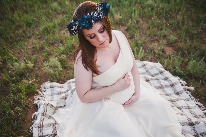 Josh Snyder Photography - Flagstaff Maternity Shoot - Floral headband