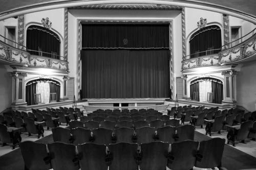 Best Historic Theatres in Ohio - The Historic Ohio Theater Loudonville