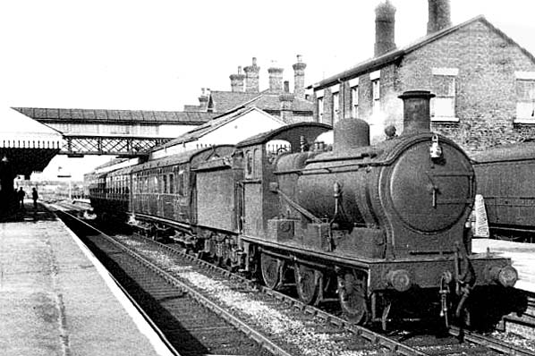 Train at Spalding Railway Station 1951