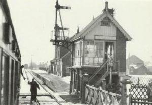 AOS P 1768 holbeach station 1959 train to spalding