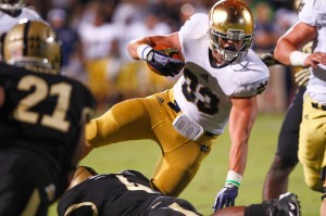 WEST LAFAYETTE, IN - SEPTEMBER 14: Cam McDaniel #33 of the Notre Dame Fighting Irish runs the ball against the Purdue Boilermakers at Ross-Ade Stadium on September 14, 2013 in West Lafayette, Indiana. (Photo by Michael Hickey/Getty Images)