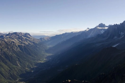 View_towards_Chamonix_20