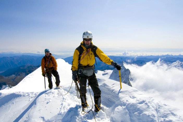 Weissmies_summit_ridge_18